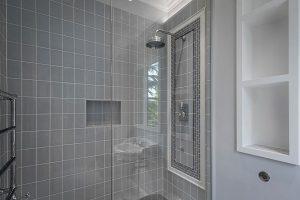 20160623_54 Lonsdale Road bathroom in master bed LR_013 (1)